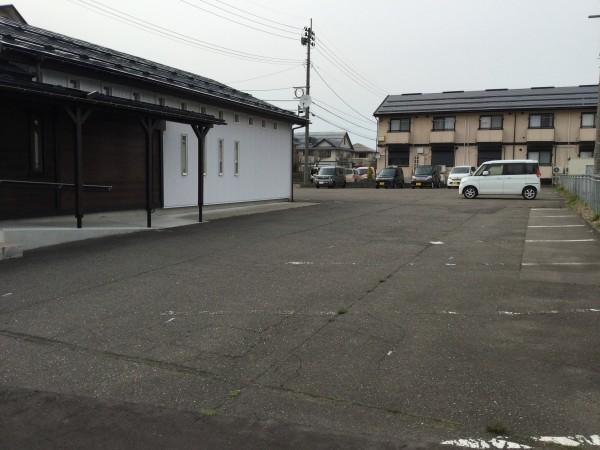 駐車場舗装工事のお知らせ(6/1~)